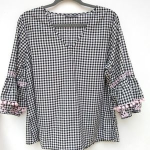 Hannah • black Gingham Embroidered sleeve blouse